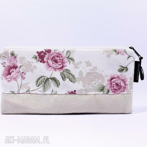 święta prezent, piórnik flowers 05, piórnik, kosmetyczka, róże, szkoła