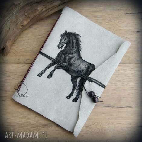 notes a5 ze skórzaną miękką okładką czarny rumak - ręcznie robiony i malowany, koń