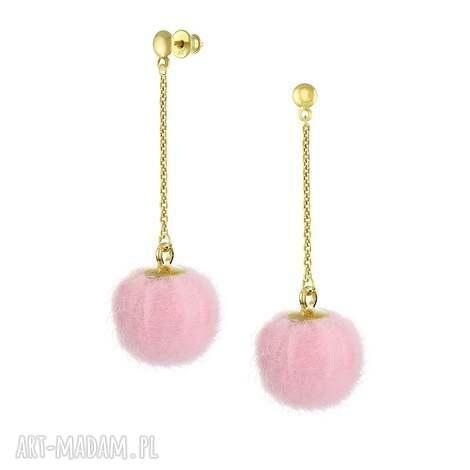 kolczyki z różowym pomponem - i pom poms, futerko, pompony, srebro, pozłacane