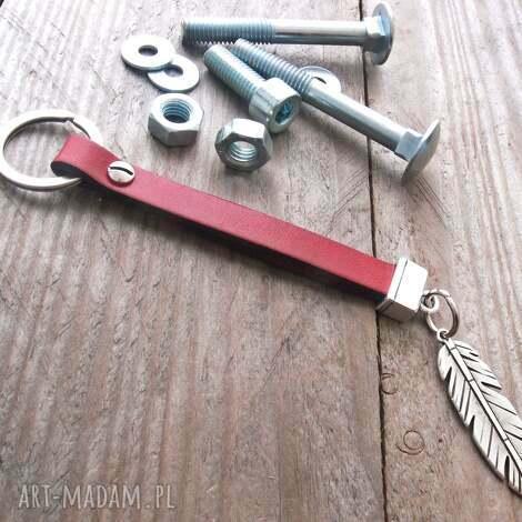 brelok do kluczy, skóra, rzemienie, cyna, święta prezenty