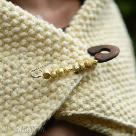 broszka agrafka z limonkowymi perłami - broszka, agrafka, perły, folk, natura