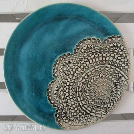 turkusowa patera z koronką, dekoracyjny, talerz, ceramiczny, koronkowy