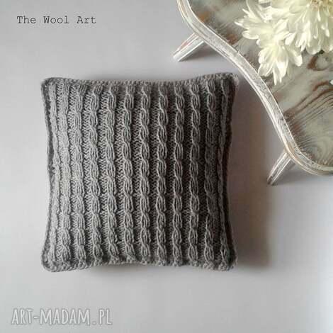 the wool art dziergana poszewka, dom, poduszka, łóżko, szare dom