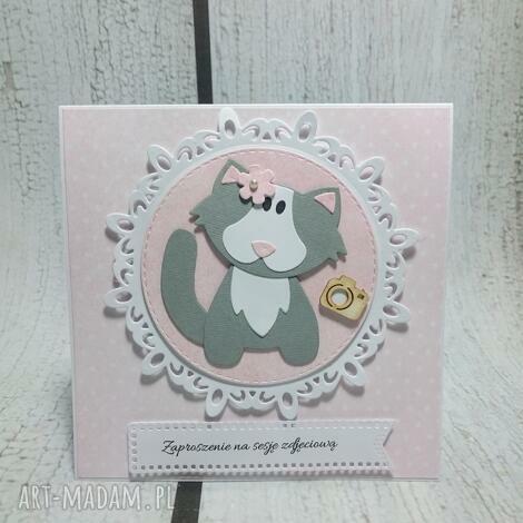 zaproszenie kartka wlazł kotek - kot, urodziny chrzest sesja
