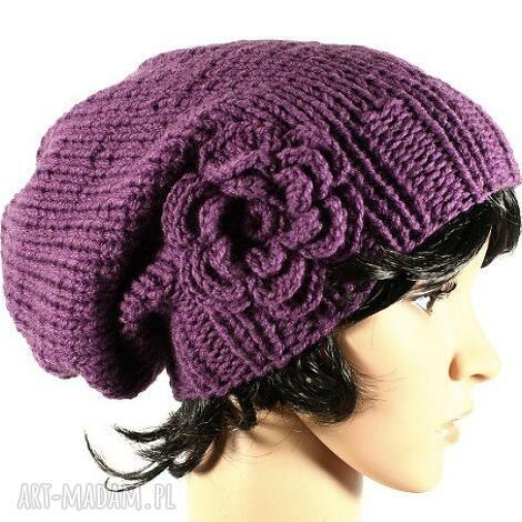 czapka z kwiatem ręcznie dziergana wrzosowa, kwiat, szydełko, na drutach