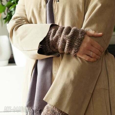 beżowe rękawki - mitenki dodatki, płaszcz, prezent świąteczny