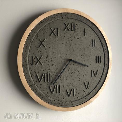 zegar betonowy roman ciemnoszry/drewno, zegar, beton, betonowy, drewniany, szary