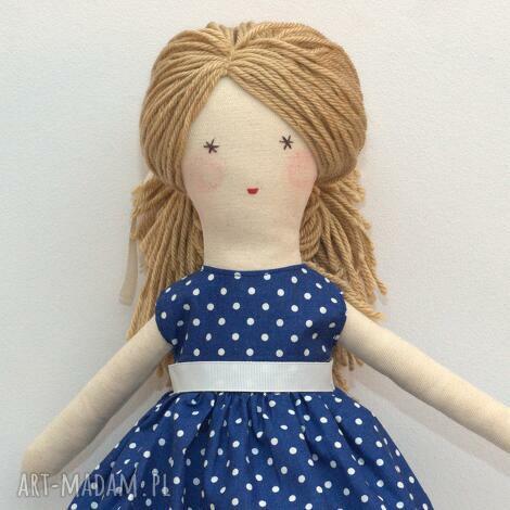 lalki lisa w granatowej sukni, lalka, szmaciana, prezent, pudełko