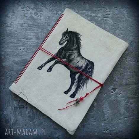 notes a5 ze skórzaną miękką okładką czarny rumak - ręcznie robiony i malowany