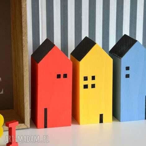3 domki drewniane - domki, domek, drewna, drewniany, półka, skandynawski