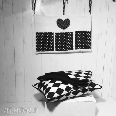 narzuta biało-czarne romby 130x230cm, narzuta, łóżko, pościel, sypialnia, czarno
