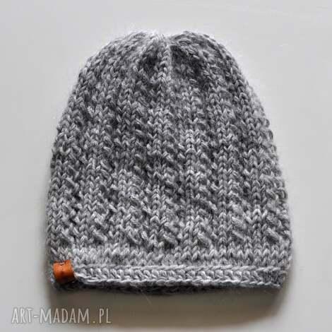 ciepła czapka, nagłowę, naprezent, wełnianaczapka, nadrutach