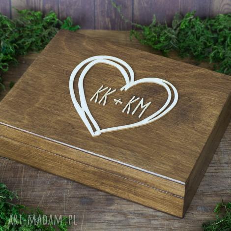 pudełko na obrączki serce z inicjałami, pudełko, obrączki, drewno, eko