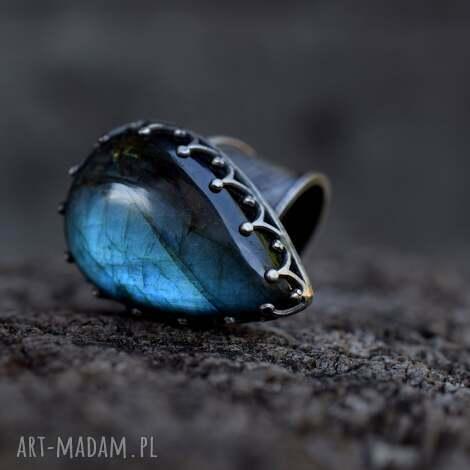 królewski pierścień z labradorytem, pierścień, srebro, labradoryt, prezent, minerały