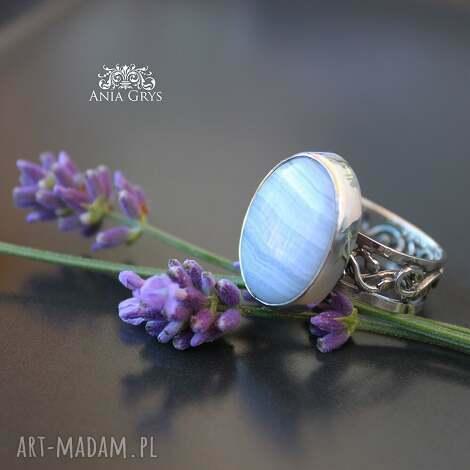 lawendowy pierścionek, chalcedon, pastelowy, gwiazdoo, srebrny