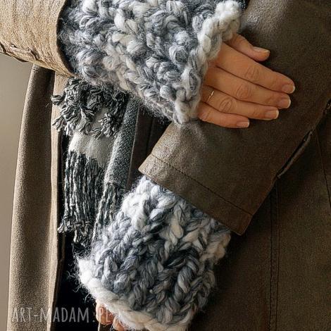 rękawki chunky - mitenki dziergane, płaszcz grube, wełniane