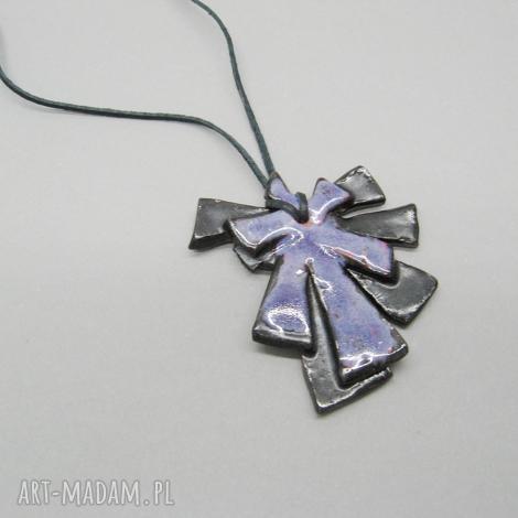 santin wisior wiatraczek, wisior, biżuteria, ceramika, rzemień, prezent