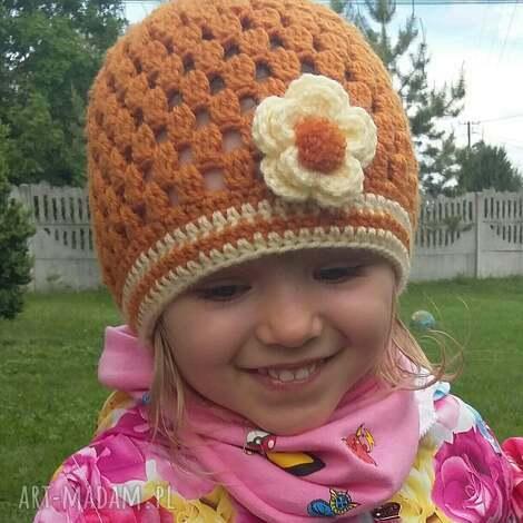 dziewczęca czapka na wiosnę lato jesień z włóczki - czapka