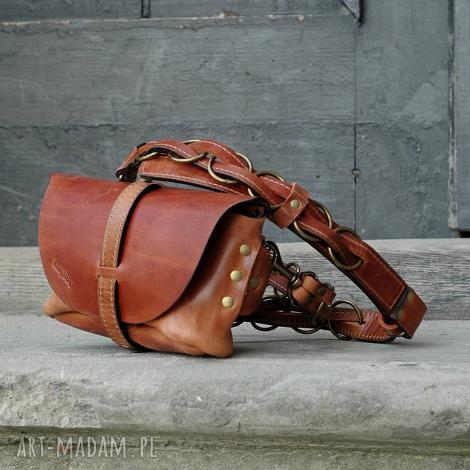 skórzana ręcznie robiona torebka nerka torba na ukos ladybuq art oryginalna z