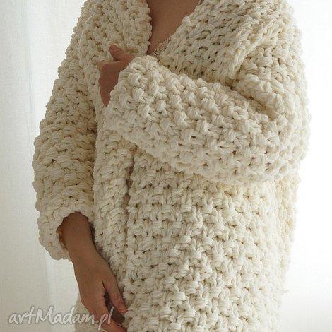 off-white chunky, sweter, gruby, masywny, druty, dziergany ubrania