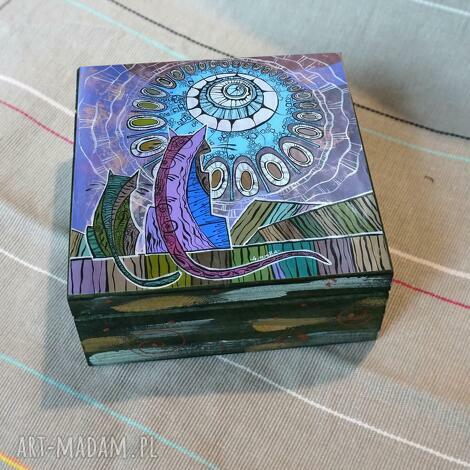 szkatułka noc romantyków, szkatułka, koty, sztuka, abstrakcja pudełka