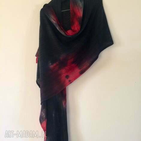 grafitowy prawie czarny szal z czerwienią, wełna, prezent, miękki unikat