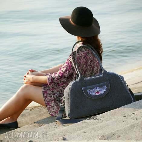 podróżne tulip - elegancka torba podróżna z filcu haftowana, praktyczna, weekendowa
