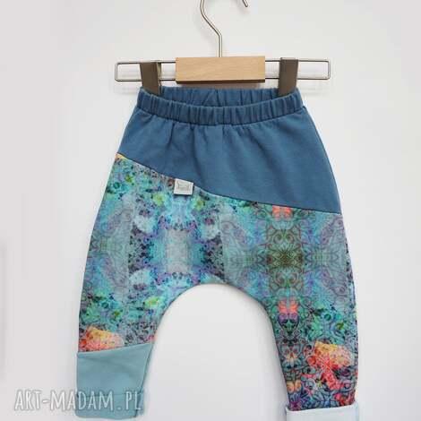spodenki dla dziewczynki niebo 74-98 cm, spodnie dresowe, z dzianiny