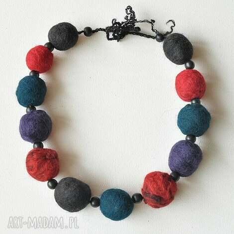 korale z filcu - korale, filc, biżuteria