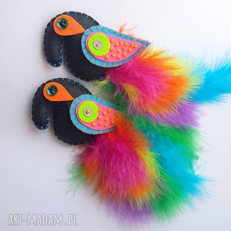 rajski ptak - broszka z filcu i piór - ptak, papuga, broszka, filc, pióra