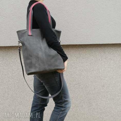 lekka, gustowna skórzana torba w charakterze worka, torba, torebka, skórzana, prezent