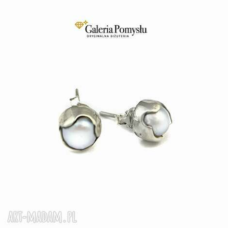 perły, sztyfty, srebro, 925, minimalizm, klasyka kolczyki biżuteria