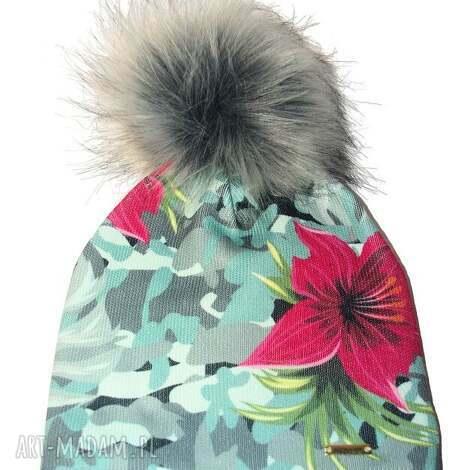 czapka beanie pompon z futra - moro, kwiaty, beanie, prezent, czapa