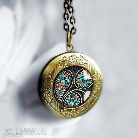 magic orient - orientalny, czarny, prezentowy, otwierany, sekretnik, medalion