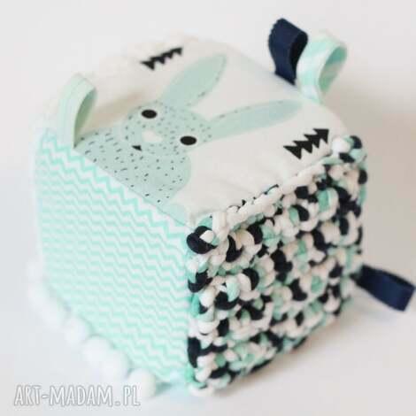 kostka sensoryczna miętowy królik - królik, zabawka, edukacyjna, kostka