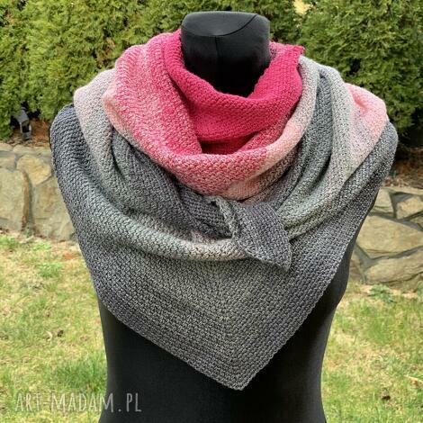ręcznie wykonana chusta w odcieniach różu mech, szal, szalik, otulacz