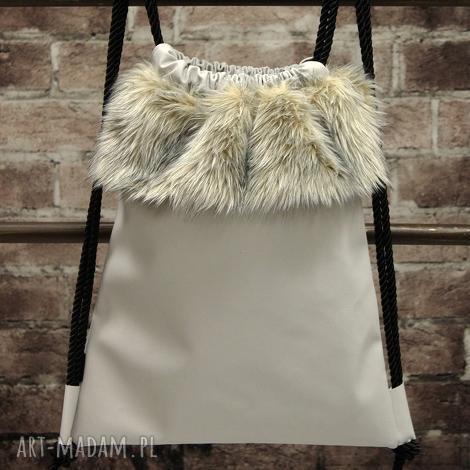 świąteczny prezent, bbag grey wind plecak worek, futerko, skórzany, jasny, zimowy