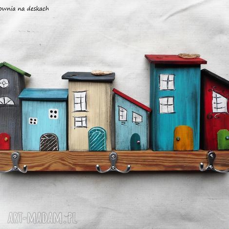 świąteczne prezenty, kolorowe domki nr 2- wieszak, domki, drewno, wieszak