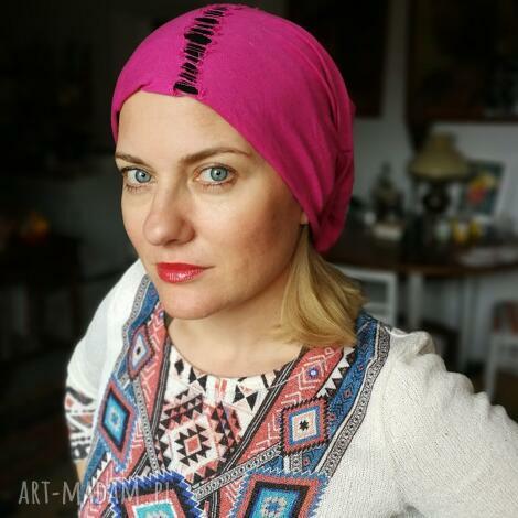 czapka smerfetka wiosenna różowo- czarna wiosna etno sport, rower, folk