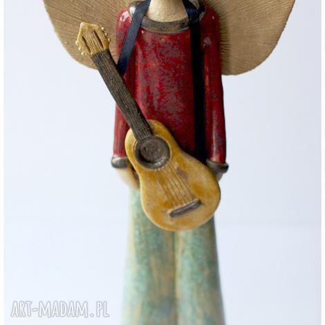 wylegarnia pomyslow anioł chłopak z gitarą, anioł, aniołek, gitara, męski