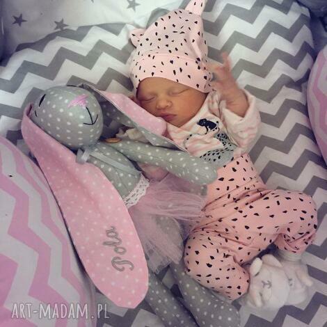 króliczek z imieniem dziecka okazji narodzin-metryczka, chrzciny, narodziny