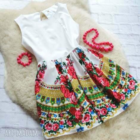 biała sukienka z góralskim wzorem cleo folk, sukienka, cleo, góralska