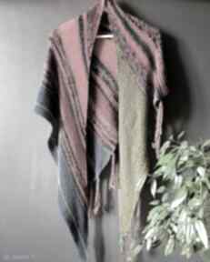 Wełniana chusta w stylu boho chustki i apaszki the wool art