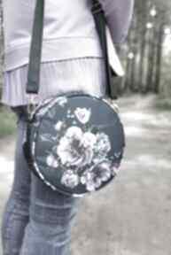 Pomysł na prezent! Round bag - kwiaty na ramię torebki niezwykle