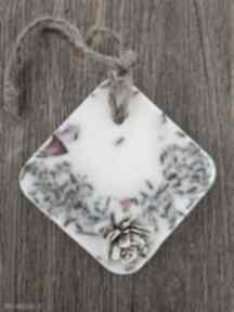 Zawieszka zapachowa do szafy dekoracje makkadamia zapach