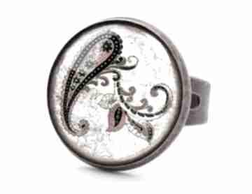 Orientalna podróż pierścionek regulowany nerkowce orientalny