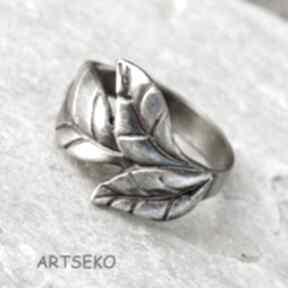 Pierścionek z listkiem b414 artseko srebrny pierścionek, motyw