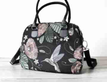 na ramię. elegancka nowoczesna pakowna maki kwiaty ptaki