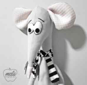 Melat22 maskotka zabawka dla pupila handmade maskotki mela art