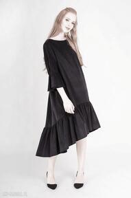 Sztruksowa sukienka z falbankami sukienki non tess welur